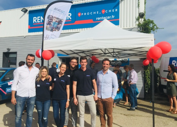 l equipe rent a car by Raoul soutient la degaine escalade