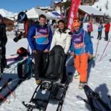 Sandrine Chaix et Emmanuelle Thomas présentent le Tandem Ski acheté grace au mécénat du groupe Blanchet