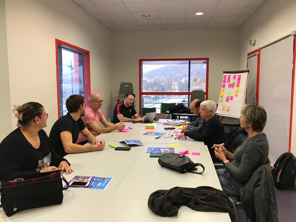 réunion équipe la légion viennoise sur la construction du projet associatif